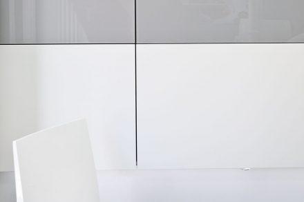 Praxiseinrichtung Ansicht TV Wand für Flatscreen