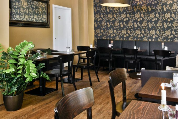 Cafe Asemann Ansicht Bestuhlung