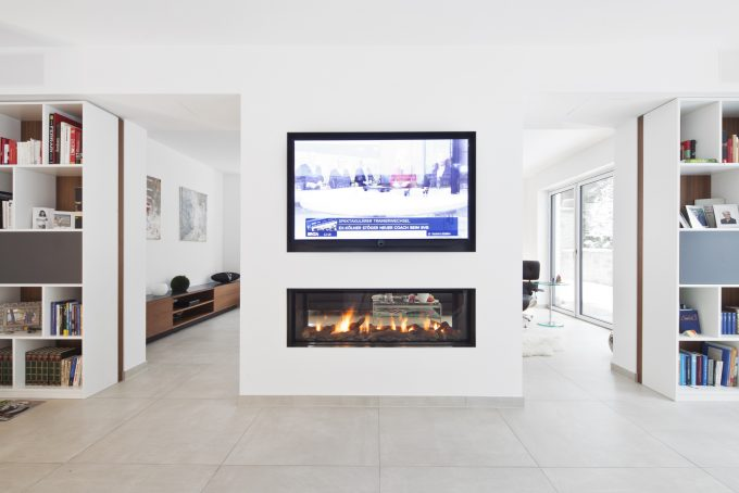 TV Möbel mit Kamin