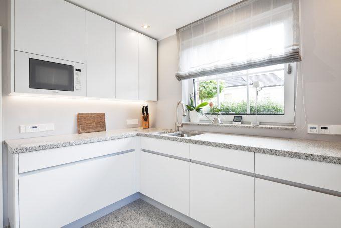 Küche von 3form GmbH Dortmund in Lack